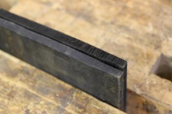 Černění dřeva železem - průřez desek